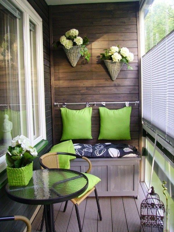 Дуже стильний і затишний балкон