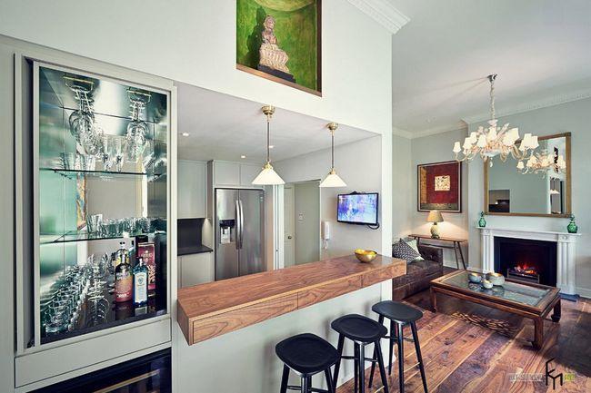 Заміський будинок з баром