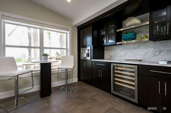 Темна меблі для кухні