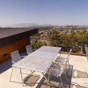 Легка переносна меблі для рідко використовуваних терас