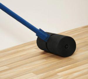 Фото - Бездоганна укладання лінолеуму на стяжку або дерев'яну основу