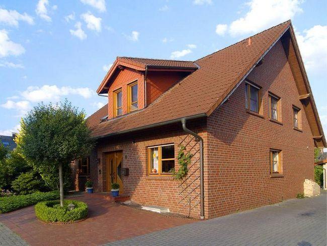 Фото - Чим оббити дерев'яний будинок
