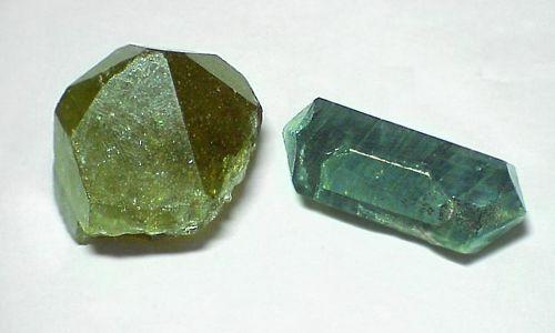 Фото - Що собою являє апатит камінь