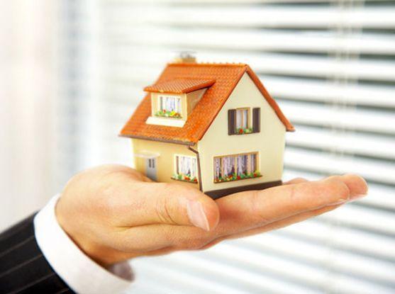 Фото - Що вигідніше: дарча чи заповіт на будинок?