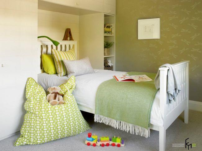 Оливкові стіни в дитячій кімнаті