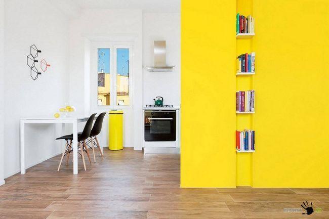 Яскравий жовтий і білий