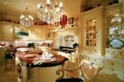 Приклад люстри для кухні в класичному стилі
