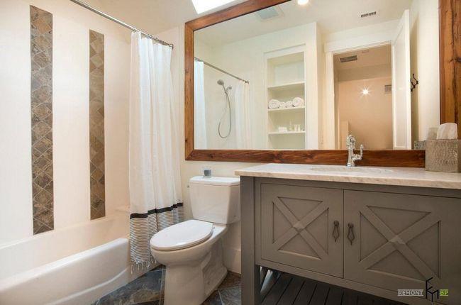 поєднання ванної кімнати з санвузлом дасть відмінні результати