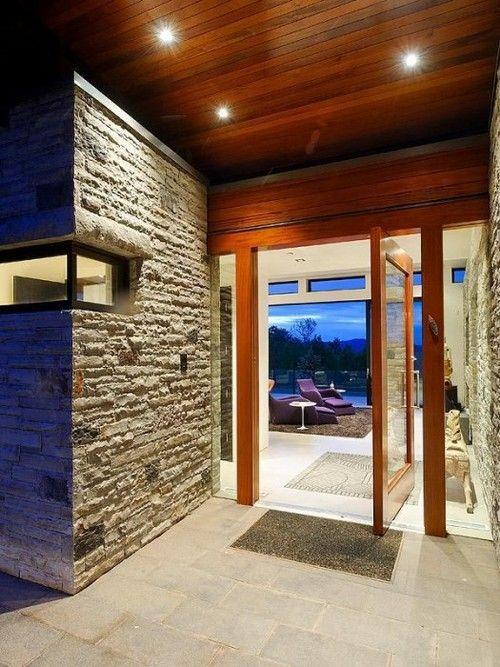 Дизайн вхідних дверей поворотних
