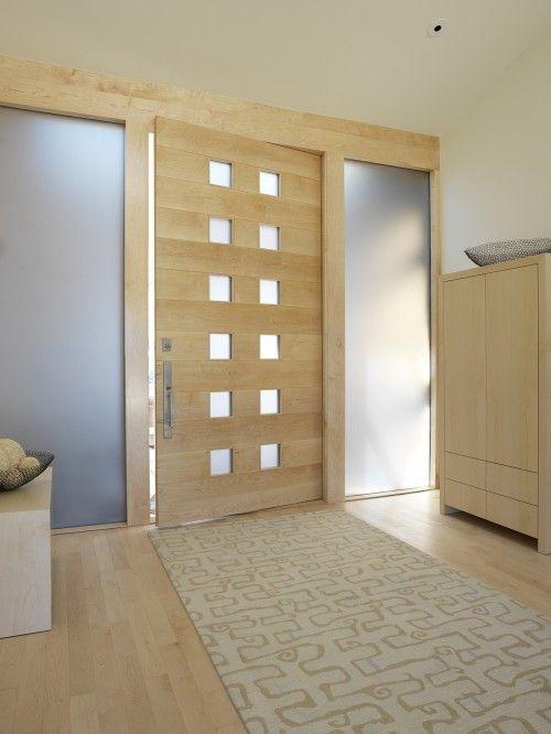 Вхідні двері в квартиру
