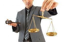 Коментарі юристів