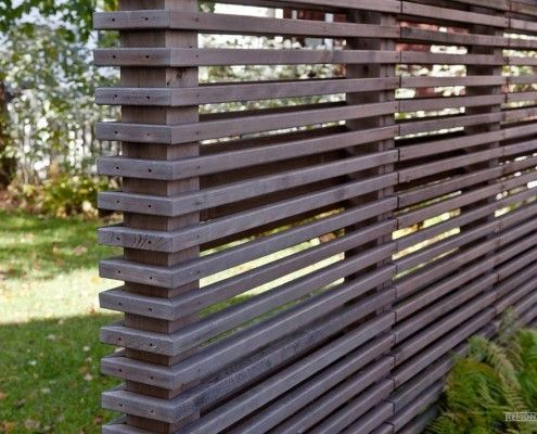 напівпрозорий паркан