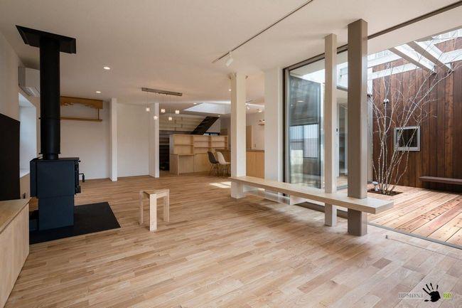 Фото - Східний мінімалізм в інтер'єрі токійського будинку
