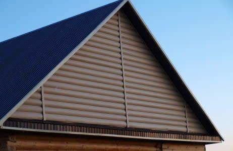 Фото - Фронтон: визначення висоти даху і розрахунок площі