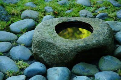 Композиція з природних каменів