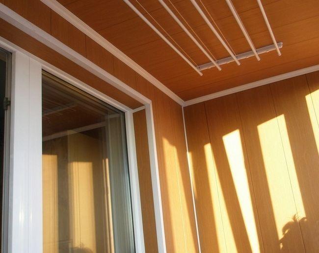 Фото - Використання мдф панелей для обшивки балкона або лоджії