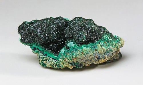 Фото - Вироби з каменю малахіт