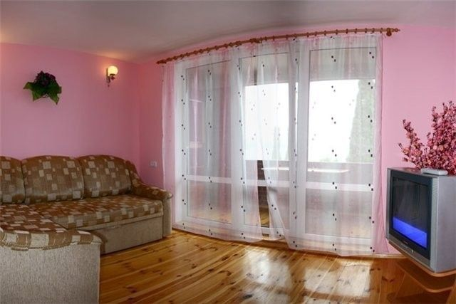 Фото - Виготовлення перегородки для балкона