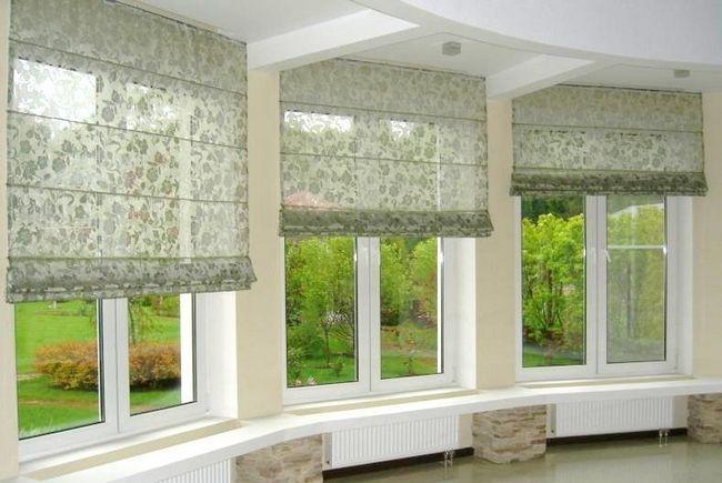 Фото - Виготовлення римських штор для балкона