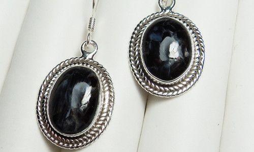 Фото - Елегантні сережки з аметистом - кращий подарунок