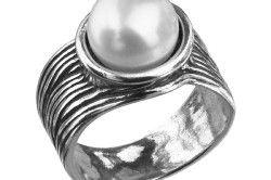 Срібний перстень з перлами
