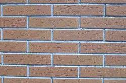 Приклад імітації цегельної стіни з пінопласту
