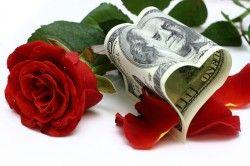 Гроші і свіжі квіти.