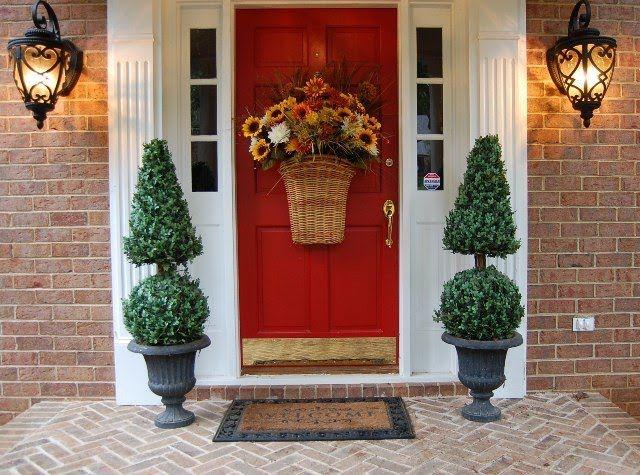 Фото - Як цікаво декорувати двері своїми руками?