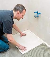 як класти плитку на підлогу в ванній