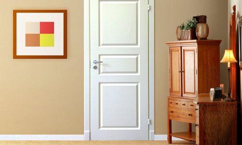 Фото - Як красиво оформити і задекорувати двері своїми руками?