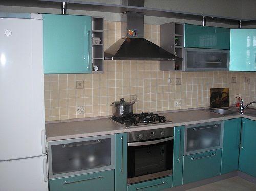 Фото - Як красиво оформити стіни на кухні?