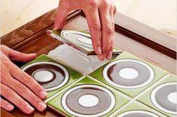Обклеювання меблів плиткою