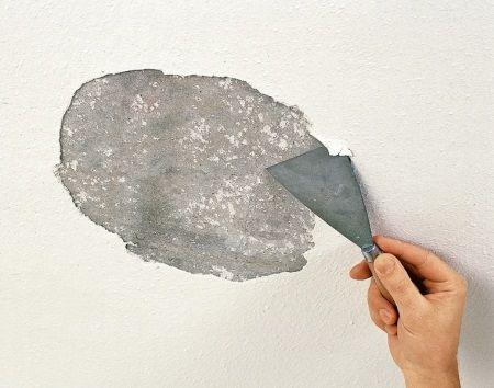 Фото - Як можна зняти шпаклівку зі стін приміщення