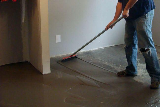 Фото - Як можна вирівняти підлогу в будинку