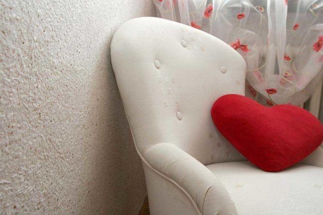 Фото - Як наклеїти в приміщенні рідкі шпалери?