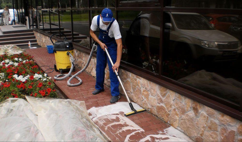 Фото - Як очистити бруківку від цементу