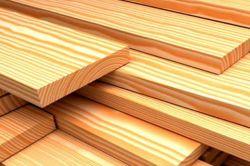 Як поставити дерев'яний паркан на дачі
