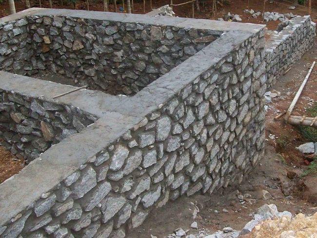 Фото - Як побудувати фундамент з буту
