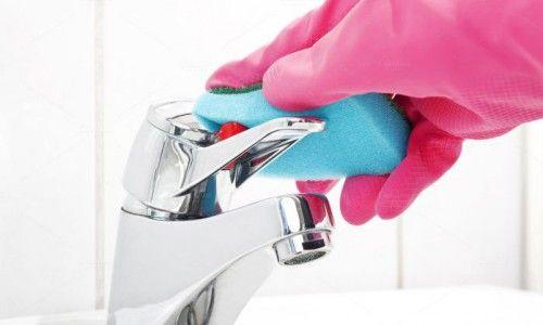 Фото - Як правильно почистити змішувач у ванній?