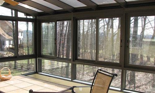 Фото - Як правильно встановити своїми руками вікна з полікарбонату?