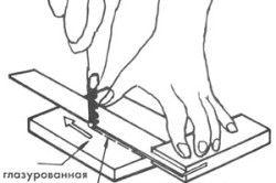 Схема різання кахельної плитки за допомогою склоріза