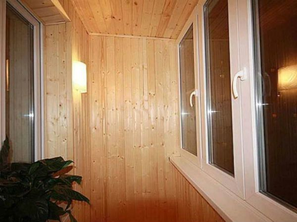 Фото - Як провести світло на балкон: керівництво