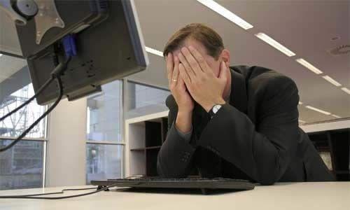 Фото - Як розривають трудовий договір з керівником при ліквідації підприємства?