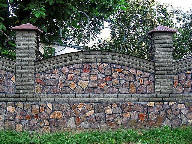 Як самостійно побудувати паркан з каменю