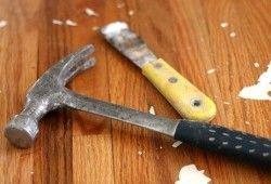 Фото - Як самостійно усунути скрип дерев'яної підлоги за пару годин?