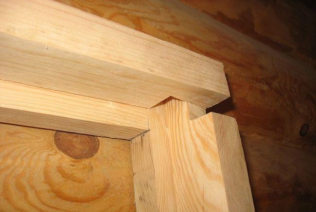 Фото - Як зробити дверну коробку: процес своїми руками