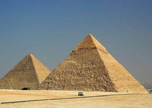 Приклад застосування геополимерного бетону для будівництва пірамід