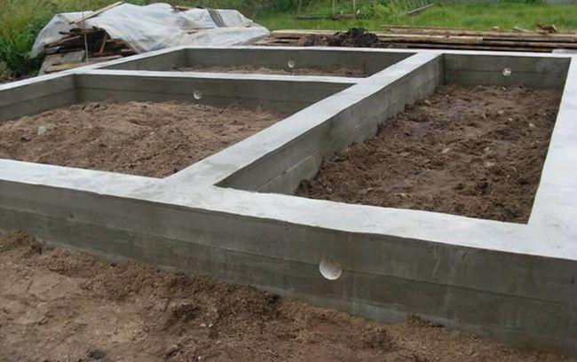 Фото - Як захистити бетонну основу побудови від вологи?