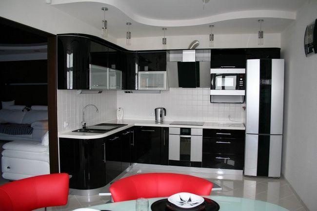 Приклад стелі з гіпсокартону на кухні