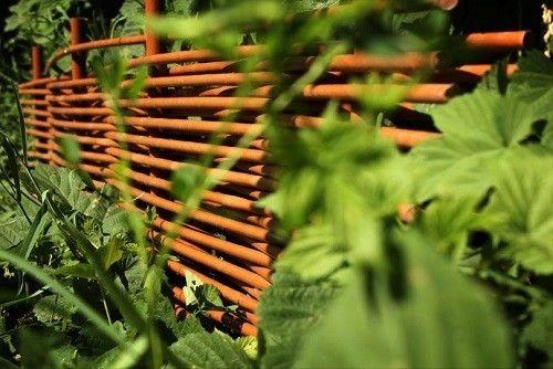 Фото - Як зробити плетений паркан?